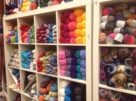 Knitting Cove3
